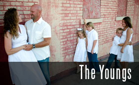 The Youngs: Tulsa Family Photographer | Stillwater Family Photographer